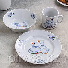 Набор посуды Добрушский фарфоровый завод «Гусята», 3 предмета: кружка 200 мл, салатник 360 мл, тарелка мелкая