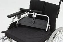 Armed Кресло-коляска для инвалидов FS250LCPQ арт. AR12263