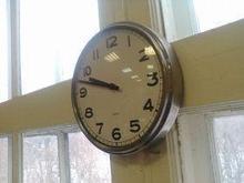 Noname Стрелочные часы для офиса. Диаметр 315 мм. со входом синхронизации Ethernet («мама») RJ-45. Питание РоЕ