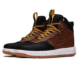 Зимняя обувь и кроссовки