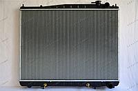 Радиатор охлаждения GERAT NS-113/2R Nissan Terrano, Pathfinder R50, Infiniti QX40