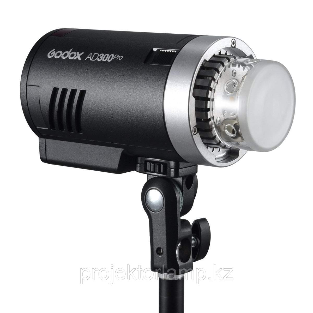 Вспышка аккумуляторная Godox AD300 Pro