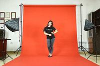 Красный фон Бумажный в рулоне 11м Х 2,72м от Kelly Photo США