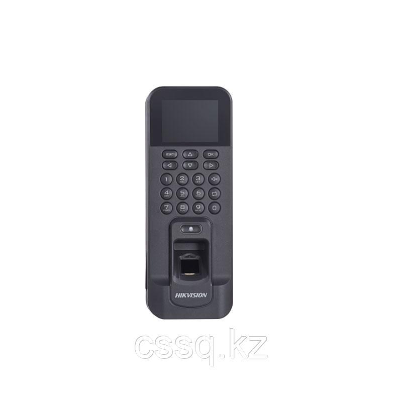Hikvision DS-K1T804AEF Терминал доступа со встроенными считывателями EM карт и отпечатков пальцев