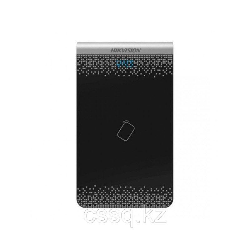 Hikvision DS-K1F100-D8E Настольный считыватель карт Mifare и EM, USB 2.0