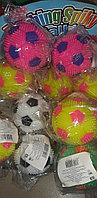 Мяч (светится, пищит) окружность 14 см в ассортименте
