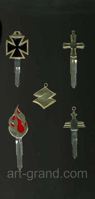 Брелоки ключи из латуни
