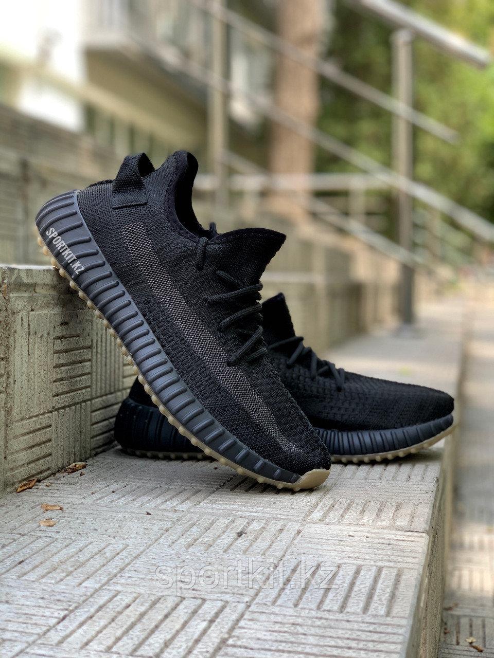 Кросс Adidas Yeezy 350 черн - фото 3