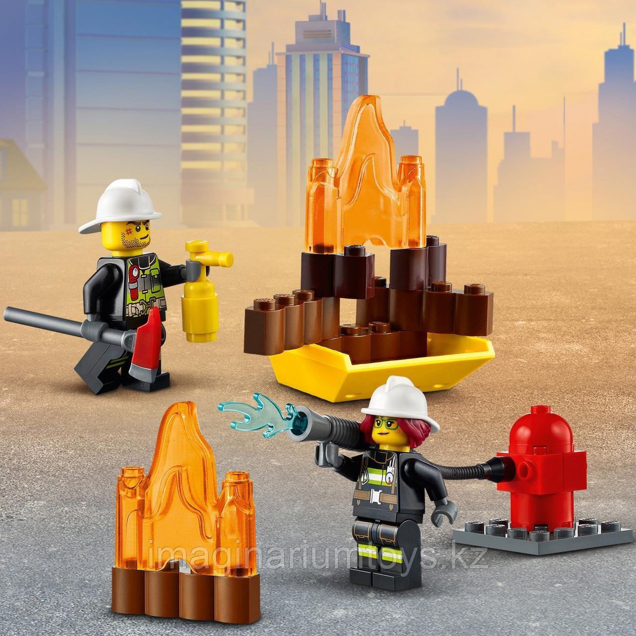 Конструктор LEGO City Лего город Пожарная машина с лестницей 60280 - фото 6