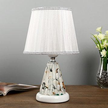 """Лампа настольная с подсветкой """"Дамона"""" 1х40Вт Е27 220В белый 21х21х33 см."""