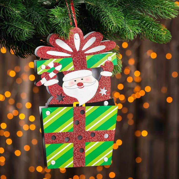 """Декор с подсветкой """"Дед Мороз и подарок"""" 2,2×13,5×25 см"""