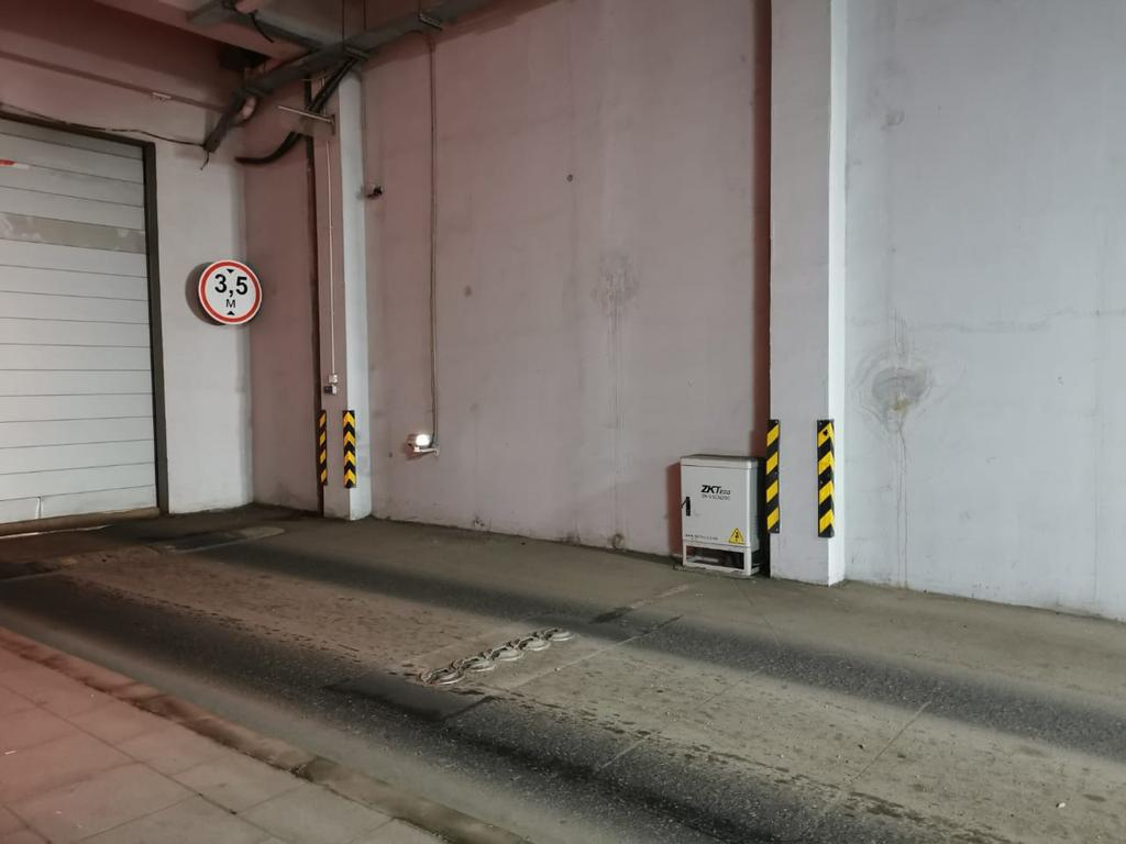 "СФЕРА ""Нур-Алем"" (Экспо Шар) - въезд на паркинг"