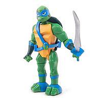 TMNT: Rise of the Turtles. Фигурка Лео в атаке с разворота 15см