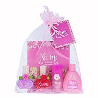 """NOMI: Подарочный набор № 19- лак № 26, № 2 , блеск для губ """"Розовый жемчуг, жидкость для снятия лака"""