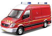 BBURAGO: 1:50 Mercedes-Benz Sprinter (red)