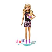 Barbie: Кукла Barbie няня, в розовой юбке