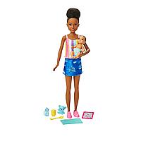 Barbie: Кукла Barbie няня, в джинсовой юбке