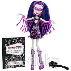 Mattel Куклы Monster High Спектра Вондергейст супергерои ghouls Spectra Vondergeist Y7298/Y7300