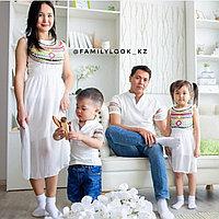 Комплект одинаковых платье и футболки для всей семьи