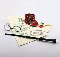 Набор Гарри Поттера Волшебная палочка, сувенирная +Письмо из Хогвартса+Билет на платформу 9 и 3/4+Очки+Галстук