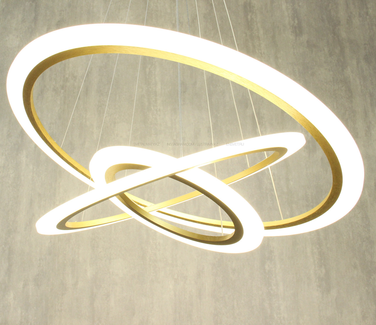 Современная LED люстра 3 кольца матовое Золото