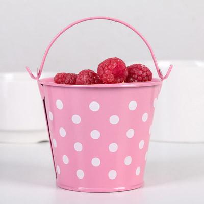 Ведро декоративное металлическое розовое в горошек - фото 3