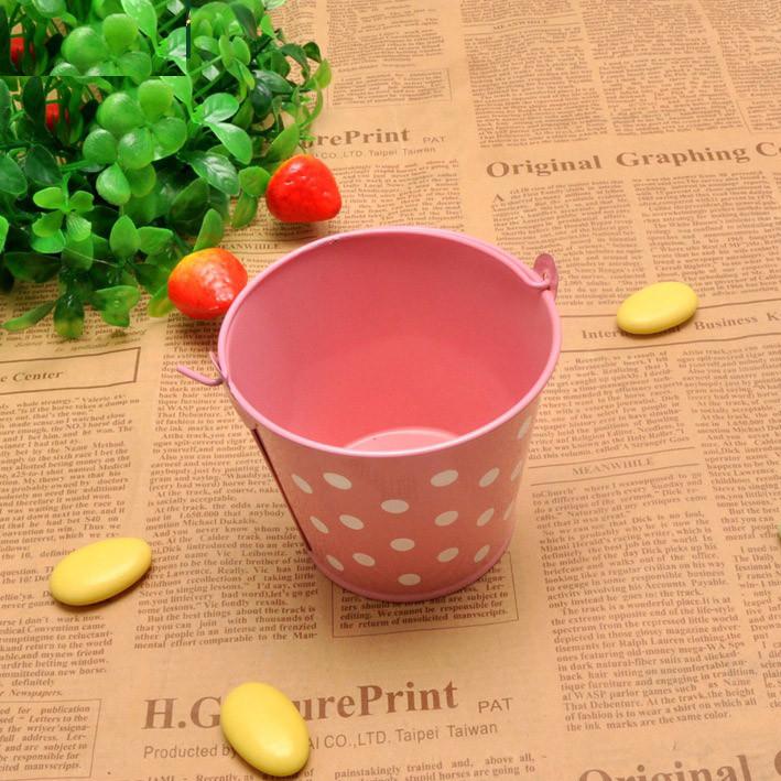 Ведро декоративное металлическое розовое в горошек - фото 6