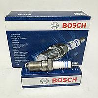 Cвеча зажигания марки BOSH (MB W201/W123/W124, Peugeot 205/305/309 0.9-3.0 87>)