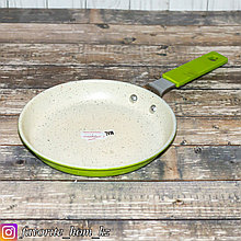 Сковорода блинная. Материал: Металл. Цвет: Белый/Зеленый.
