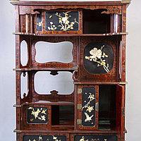 Резной кабинетный шкаф. Япония. XIX век.