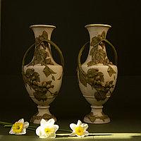 Парные вазы с лещиной. Мануфактура Royal Dux