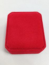 Футляр красный для серег и комплекта