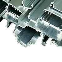 Профиль алюминиевый сплошной AlMg0.7Si (6063) ГОСТ 22233-2001 прессованный