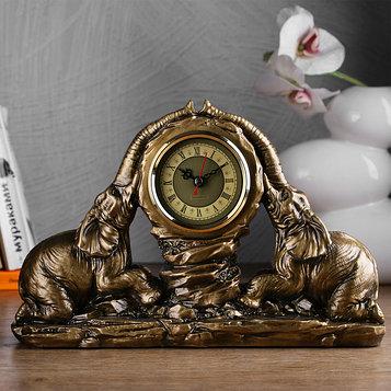 "Часы настольные ""Два слона"", цвет золото, 30х20х7 см"