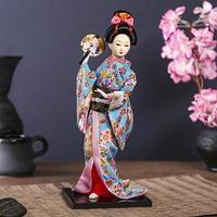 Кукла коллекционная 'Японка в цветочном кимоно с опахало' 30х12,5х12,5 см