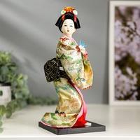 Кукла коллекционная 'Японка в цветочном кимоно с бабочкой на руке' 25х9,5х9,5 см