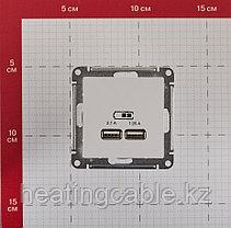 Atlas Design USB розетка А+А, 5В/2,1А,2*5В/1,05А, МЕХАНИЗМ,  скрытая установка белый, фото 3