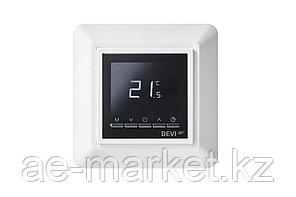 Программируемый терморегулятор Devireg OPTI цвет белый