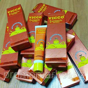 Крем Vicco из куркумы и масла сандалового дерева, осветление, питание кожи 30гр