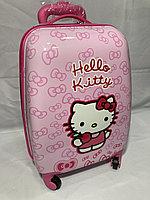 Детский чемодан для девочек на 4-х колесах .Высота 46 см, ширина 32 см, глубина 21 см., фото 1