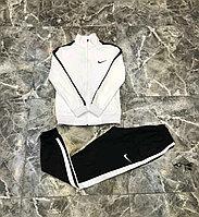 Тренировочный костюм Nike черно-белый