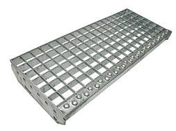 Прессованная ступень 600x270 мм (полоса 30x2 мм) (ячейка 33x33 мм), 3,5кг