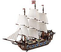 Конструктор Пираты Имперский флагман 1779 деталей