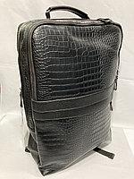 Стильный мужской рюкзак для города, с фактурой под рептилию.Высота 45 см, ширина 30 см, глубина 15 см., фото 1