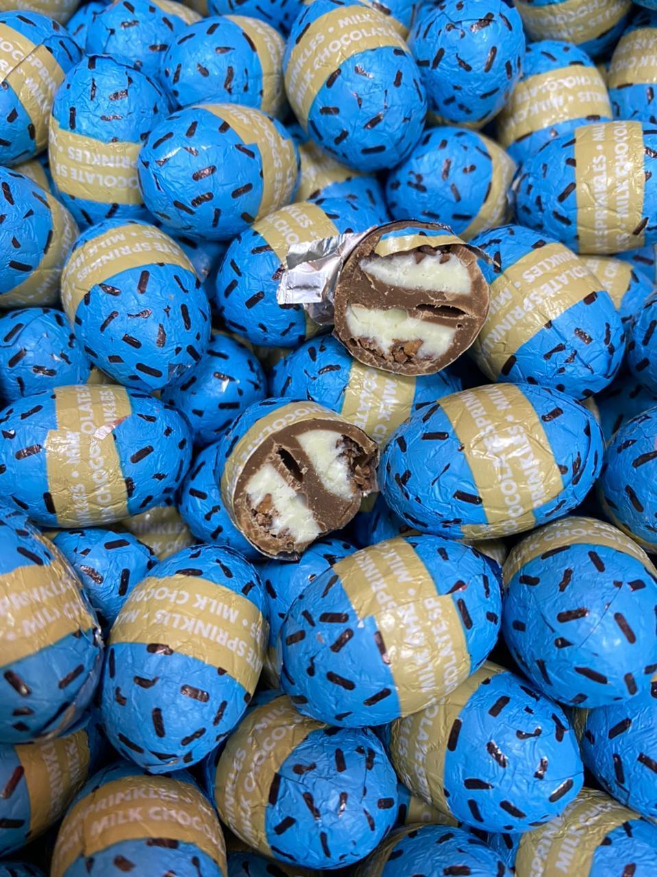 Яйцо шоколадное с кокосовой начинкой СИНИЕ 1кг