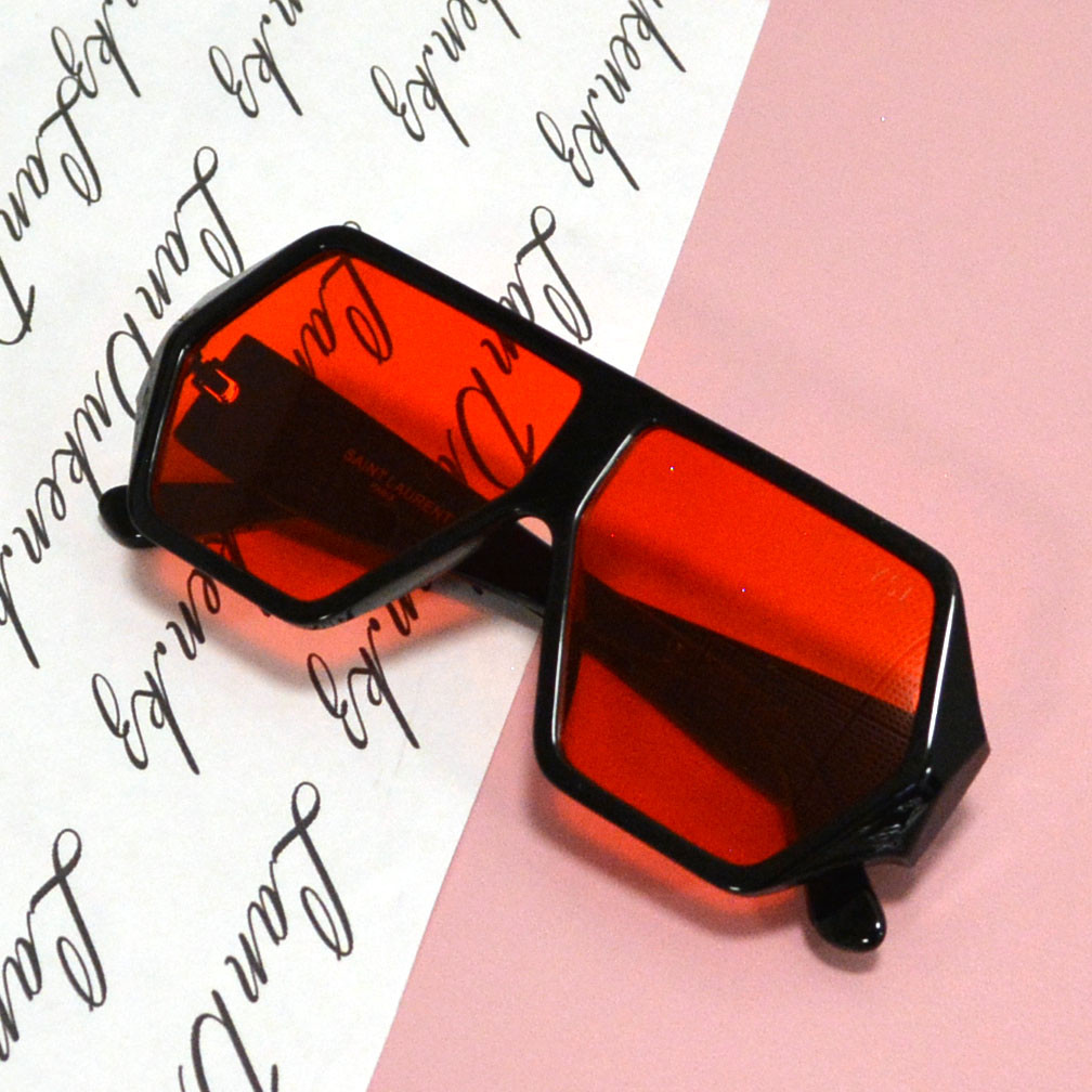 Солнцезащитные очки с красными стеклами с широкой черной дужкой YSL 3010 - фото 5