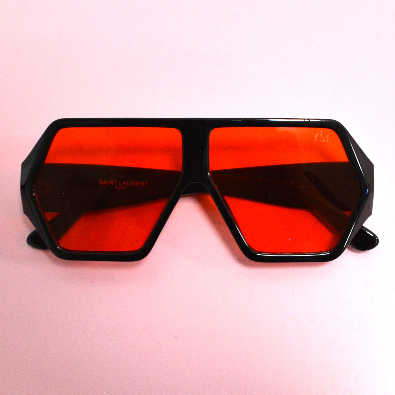 Солнцезащитные очки с красными стеклами с широкой черной дужкой YSL 3010 - фото 10