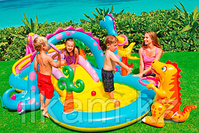 Детский надувной игровой центр Intex 57135, Диноленд, размер 333х229х112 см, фото 2