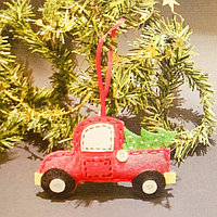 Набор для создания подвесной ёлочной игрушки из фетра «Машинка»