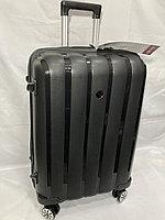 """Средний пластиковый дорожный чемодан на 4-х колесах"""" FAST STEP"""". Высота 66 см, ширина 52 см, глубина 26 см., фото 1"""